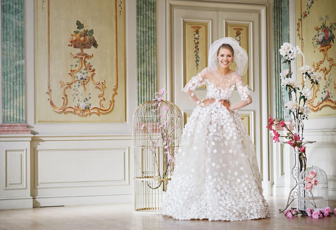 Swarovski Wedding Dress. Ideas About Pnina Tornai On Pinterest ...